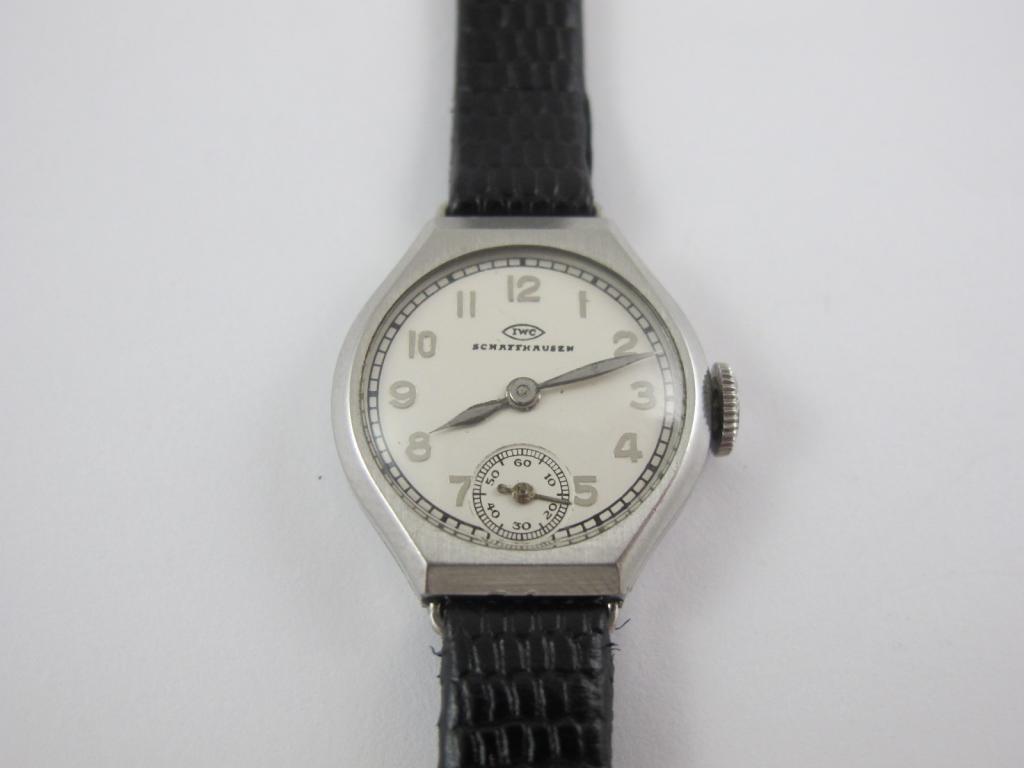 abe0b157a Dámské náramkové hodinky IWC SCHAFFHAUSEN č.str. 998212 - Antik ...