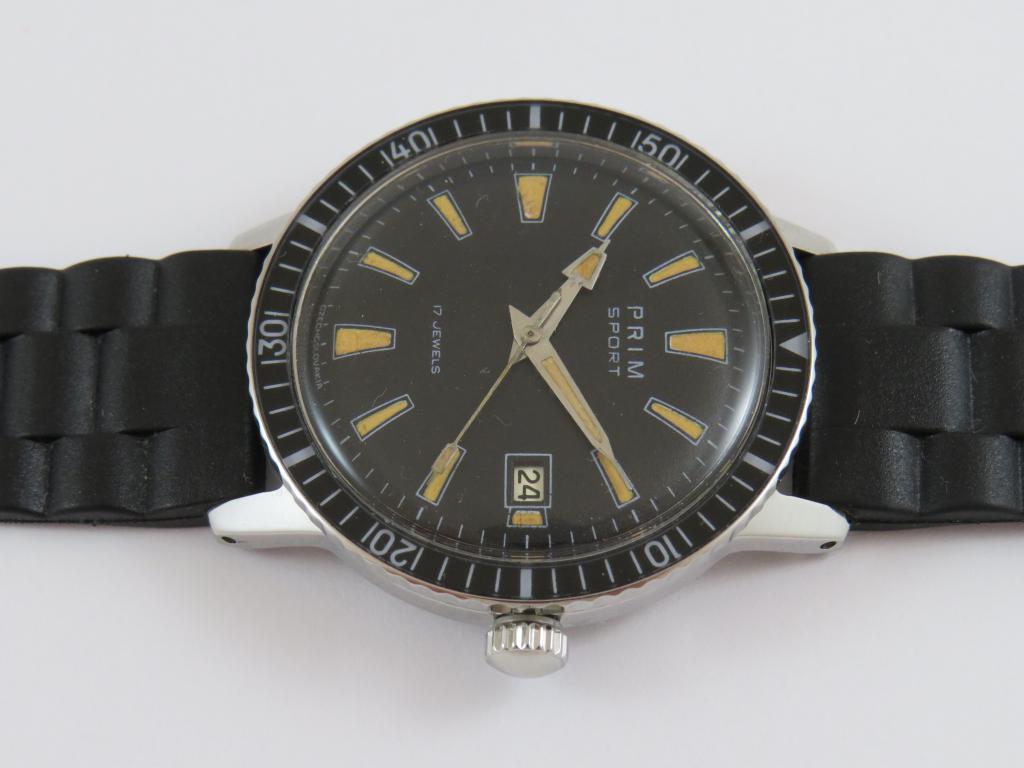 a07c40d5b9d Náramkové hodinky PRIM 1 - Antik-hodinky.cz - zlaté